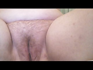 Playing with my pussy and cumming