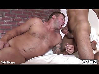 Muscle dude Colby jansen shoots warm sticky cum into jordan easton mouth