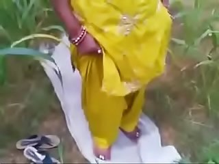 Desi Bhabhi fucked outdoor