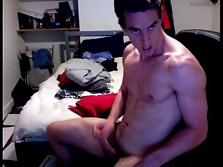 Incredible hot guy jerking off