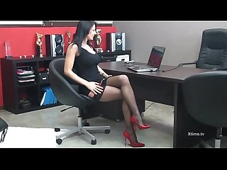 Sofia cucci in hot lingerie squirts on the desk Office