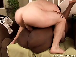beautiful big booty black bbw fucks a lucky white guy