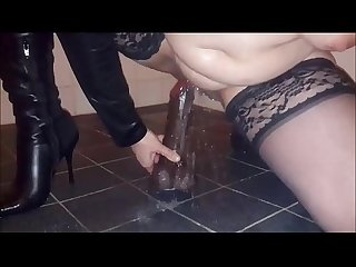 Milf squirts hard using her black dildo