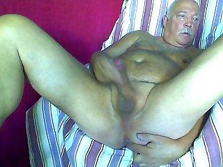 Me horny need help