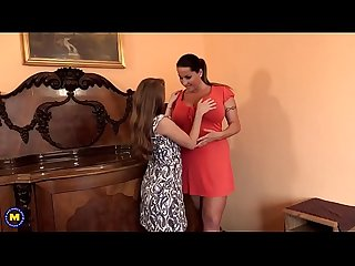 Mom teaches young step daughter watch part2 on slut9 com