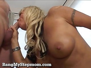 Horny milf and stepson hook up