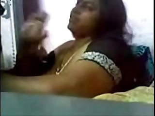Bigboobs Tamil Aunty shy to taking video very nice