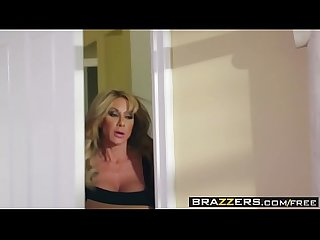 Brazzers milfs like it big farrah dahl and keiran lee cold feet Hot pussy