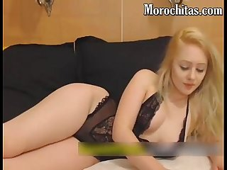 Modelo masturbandose