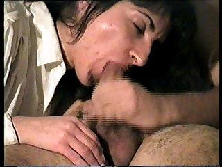 Latina amateur tragando semen