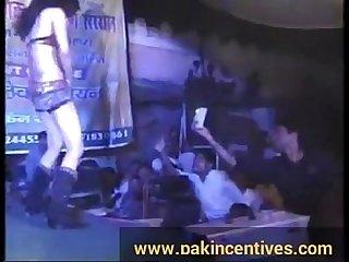 Desi sexy public Mujra