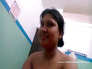 Beautiful Bangladeshi Bhabhi Nude - IndianHiddenCams.com