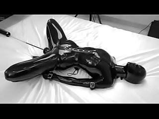 www.sextopia.ga: Latex bondage girl
