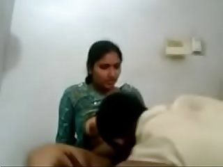 VID-20170724-PV0001-Begdewadi (IM) Hindi 42 yrs old married hot and sexy housewife aunty..