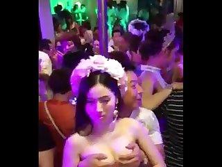 Casamento chins S putaria