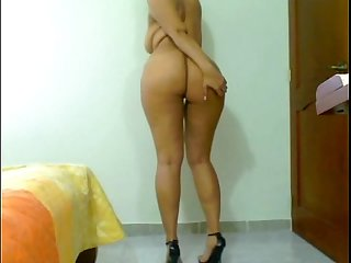 latin girl with big ass webcam show - HD - sexyadultwebcams.com