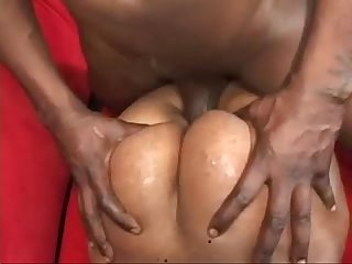 Sydney Capri takes the meat and squirts