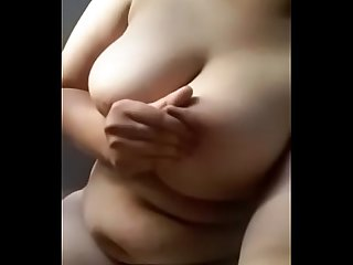Indian hot girl boobs show live on webcam