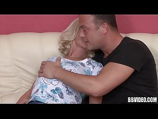 Blonde mature german hoe gets facialized