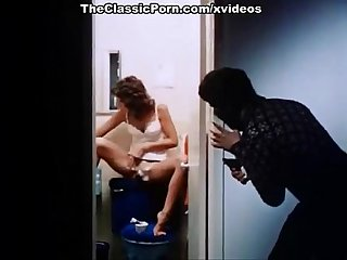 Linda lovelace harry reems dolly sharp in classic porn site