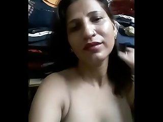 Sexy Desi delhi Milf