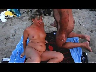 Amateur cuckold beach