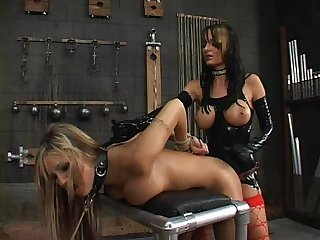 Alektra blue and amy ried strap on slave