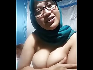 hot muslim girl showing her hot boobs and rubbing pussy under white panties