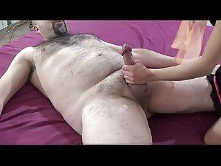 Ragazzina troia scopa con vecchio porco