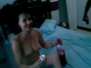 Madura mexicana le gusta coger con amigos de su esposo 2