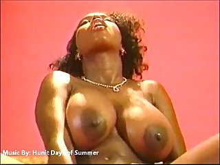 Ebony ayes the sexiest shit you ever seen