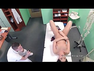 Doctor helps brunette patient gets orgasm