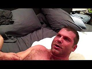 Dois machos peludos na foda