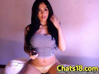 Joven morenita toca desnuda hermosa joven Linda figura Linda perrita r52q