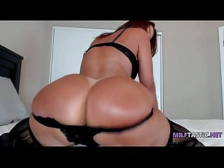 Super hot milf wearing bitchy lingerie twerks on bed