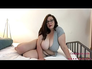 Sexy Busty BBW Slowly Rubs Lotion all over her Beautiful Jugs