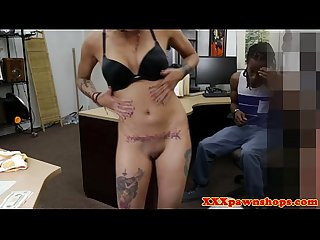 Pawnshop ebony amateur has bf watch her suck