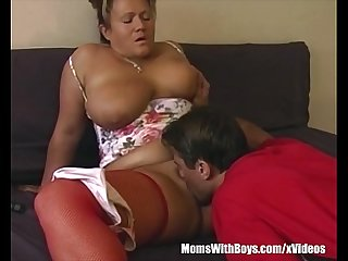 Chubby busty mama in red stockings couch fucked