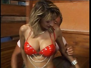 Hot mature slut banged in a tavern
