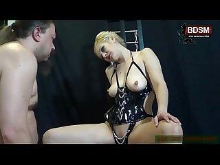 BDSM Userdate - Wixanleitung von deutscher Domina beim Sklaven - german femdom