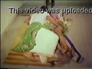 Telugu 36 yrs old married housewife aunty fucked by her illegal lover porn video - 2014,..