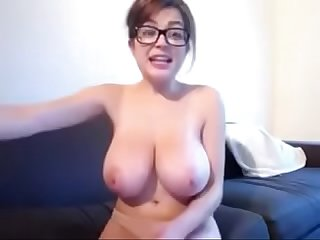 tessa fowler massive tits on cam - girlsoncam.cf