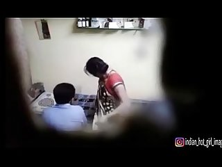 Indian doctor and indian bhabhi sex in clinic