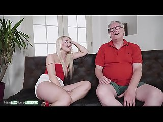 Sweet Lips On Old Dicks Ep. 03 - Die geile Blondine Lovita Fate lutscht gen??lich den..