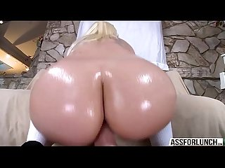 Gorgeous blonde Stevie Sahe appreciates pussy slamming