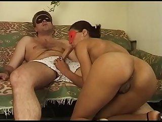 Libidinosa coppia amatoriale scopano in casa