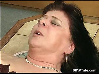 Black hair mature bbw slut gets her