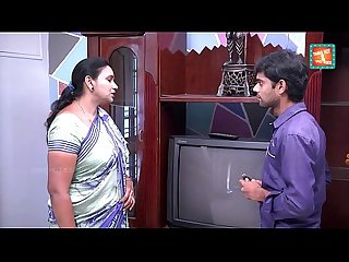 Saree aunty seducing and flashing to tv repair boy mov