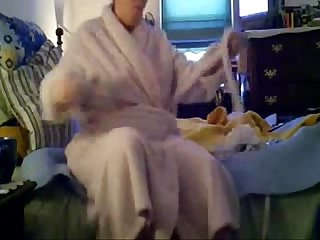 My nude mum after shower. Real hidden cam