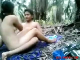 Lovely indian girl gets pussy fucked
